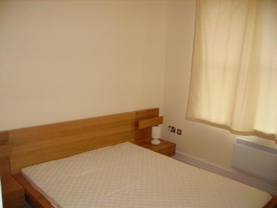 P0015 Double Bed