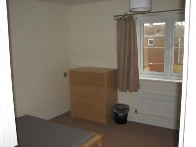P0036 Bedroom 3