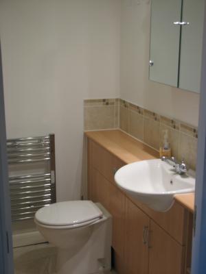 P0036 Family Bathroom Vw 1
