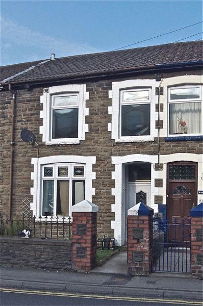 P0049 Richard Street, CF43 4AN Front View